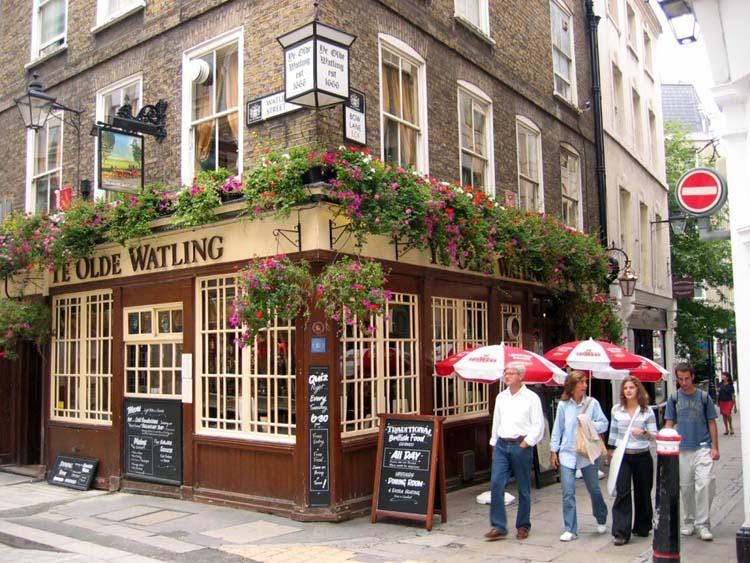 Pub on Kensington Palace London